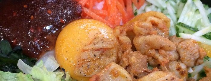 Gourmet Street 伙食街 is one of MAC'ın Beğendiği Mekanlar.
