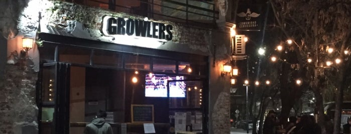 Growlers is one of Para comer.