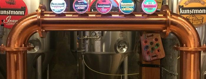 Cervecería Kunstmann is one of Lugares favoritos de William.