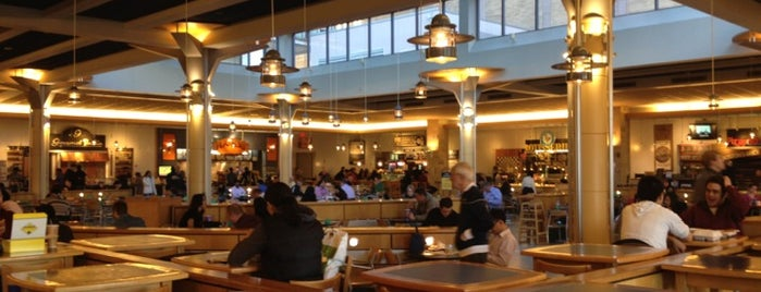 Terrace Food Court - The Shops at Prudential Center is one of สถานที่ที่บันทึกไว้ของ Kim.
