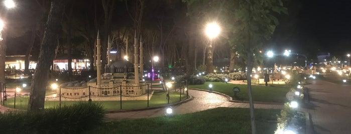 Şehzadeler Park is one of Posti che sono piaciuti a İsmail.