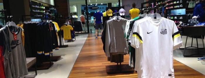 Nike Store is one of 𝔄𝔩𝔢 𝔙𝔦𝔢𝔦𝔯𝔞 : понравившиеся места.