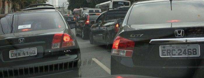 Rua Almirante Brasil is one of Locais curtidos por Naldina.