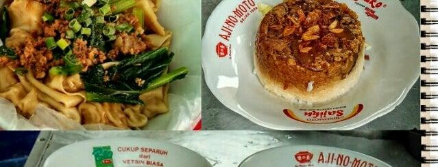 Bakmi bangka Apin is one of Jkt resto.