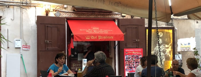 Il Pizzaiolo del Presidente is one of See Naples and then die.