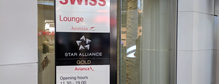 SWISS Lounge is one of Lugares guardados de Luis.