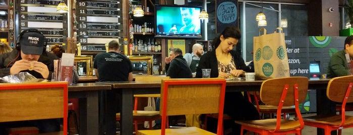 1550 Bar is one of Lugares favoritos de Brandon.