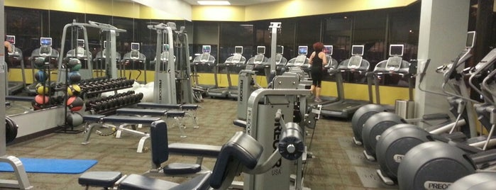 Health Club in the Office Building is one of Locais curtidos por Philly.