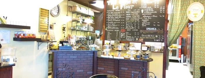 The Cafe at LeFlour is one of Locais curtidos por Linda.