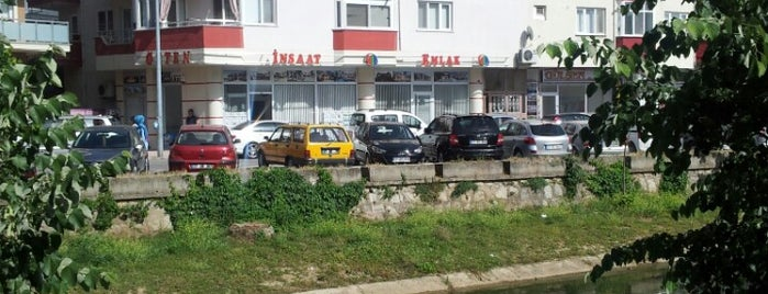 Özten İnşaat Emlak is one of Lieux qui ont plu à Özten İnşaat Emlak.