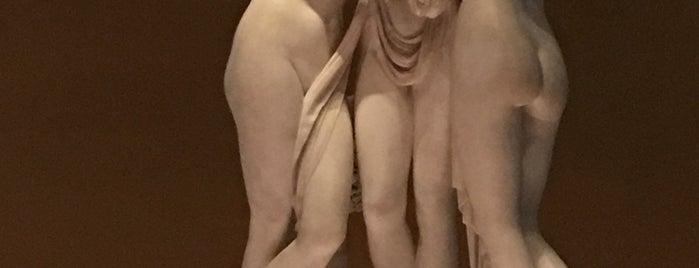Museo Victoria y Alberto is one of Lugares favoritos de Gio.