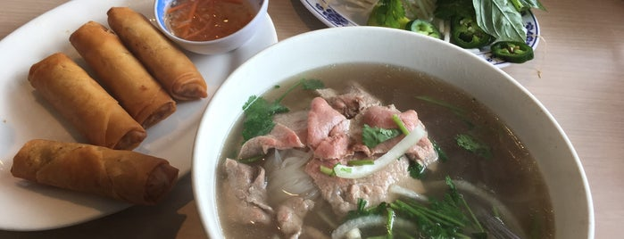 Phở Thái Hùng is one of Lieux qui ont plu à @d_d_dunn.