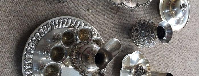 Afrikalı Sanatsal Çerçeve & İç Mimarlık Mobilya Dekorasyon is one of Altınordu.