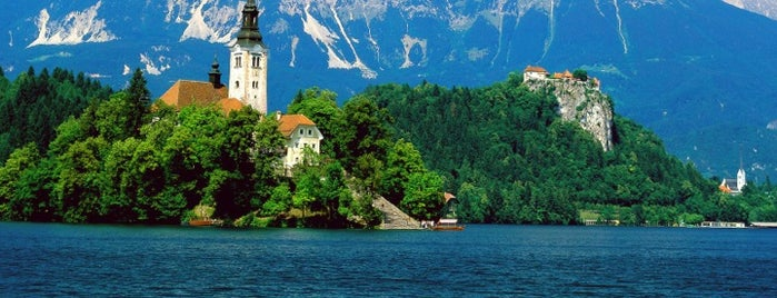 Blejsko Jezero / Lake Bled is one of Posti che sono piaciuti a Bahar.