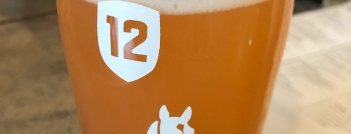 Stable 12 Brewing Company is one of Lieux qui ont plu à Al.