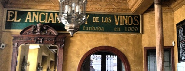 El Anciano Rey de los Vinos is one of Madrid.