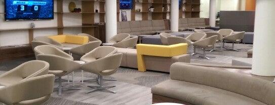 Elite Lounge MasterCard is one of Orte, die Karla gefallen.