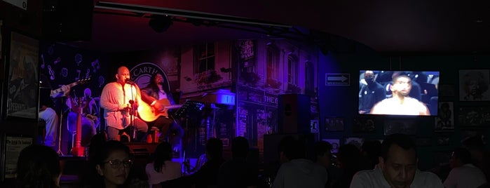 McCarthy's Irish Pub is one of Tragos Coquetos.