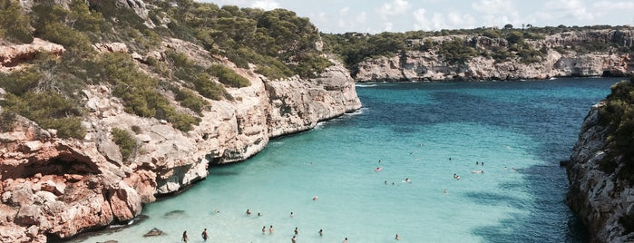 Caló des Moro is one of plages.