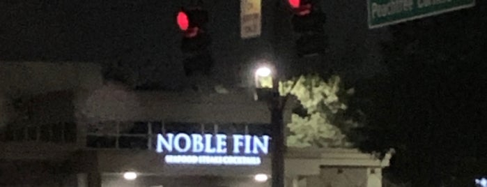 Noble Fin Restaurant is one of Atlanta.