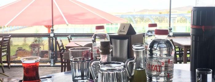 Şazze Restaurant & Cafe is one of KARAGÜLLEOĞLU 님이 좋아한 장소.