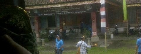 Celuk Silver Jewelry Art Market (Pasar Seni Perak Celuk) is one of B.