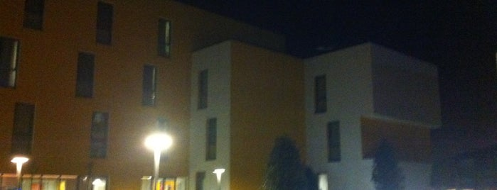 Özyeğin Üniversitesi Öğrenci Yurdu is one of Lugares guardados de TC Ertekin.