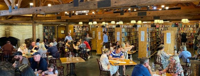 Berkelouw Book Barn / Bendooley Estate is one of Matt 님이 좋아한 장소.