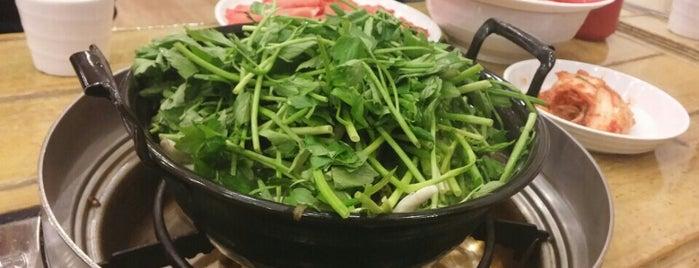 등촌칼국수 is one of 일산, 오늘의 식사.