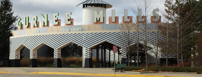 Gurnee Mills is one of Gregory 님이 저장한 장소.