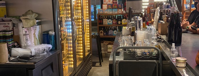 Top Hops is one of NYC Bars with Alcohol-Free Options.