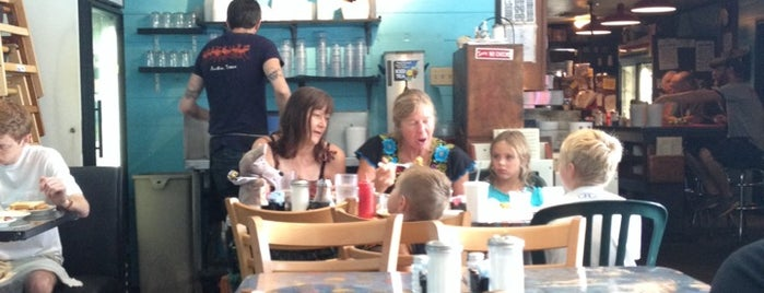 Magnolia Cafe is one of TV Food Spots: Austin Metro Area.