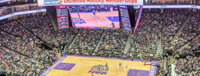 Golden 1 Center is one of Maui Eats and Stuff to do.
