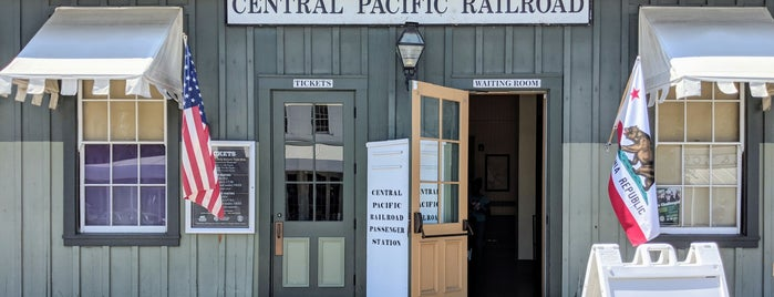 Central Pacific Railroad is one of Locais curtidos por Michelle.