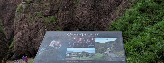 Cushendun Caves is one of Game of Thrones filming locations.