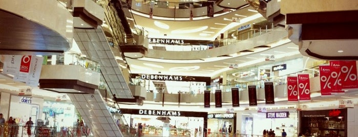Lippo Mall Kemang is one of Orte, die Shandy gefallen.