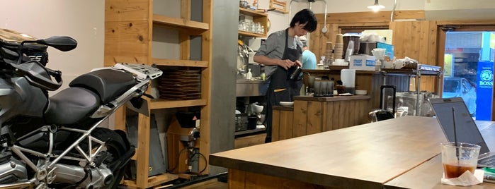 Peace Coffee Roasters is one of Ultimate Tokyo Guide.
