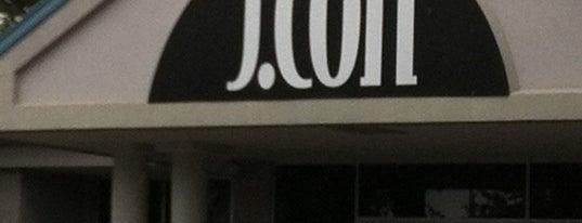 J.CON Salon & Spa is one of Tempat yang Disukai Jessica.