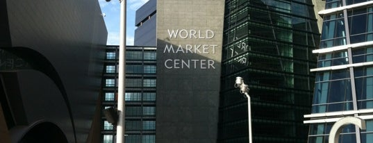 World Market Center is one of Orte, die Jhalyv gefallen.