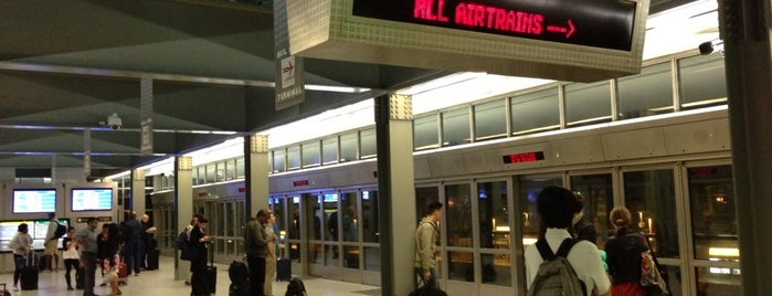 Newark AirTrain - Terminal A is one of Posti che sono piaciuti a Alberto J S.