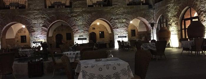 Kurşunluhan Hotel is one of Tempat yang Disukai Burak.
