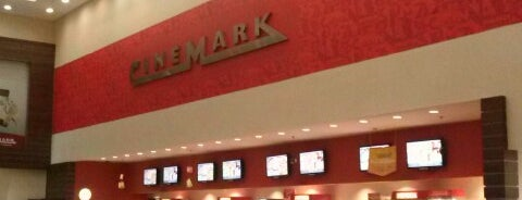 Cinemark is one of Orte, die Fabiola gefallen.