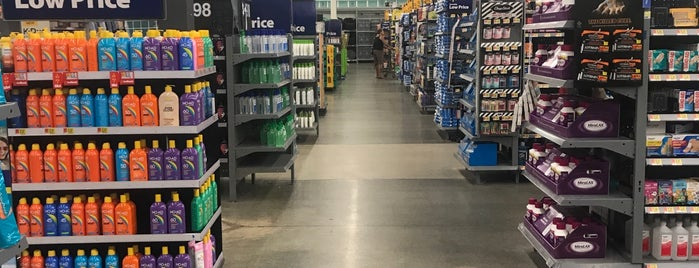 Walmart Supercenter is one of Posti che sono piaciuti a Dawn.