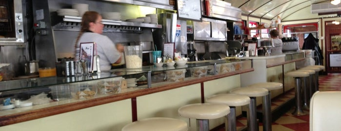 Wellsboro Diner is one of Places around Town.