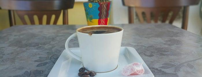 Nostos Cafe is one of Tatlı, Dondurma ve Fırın.