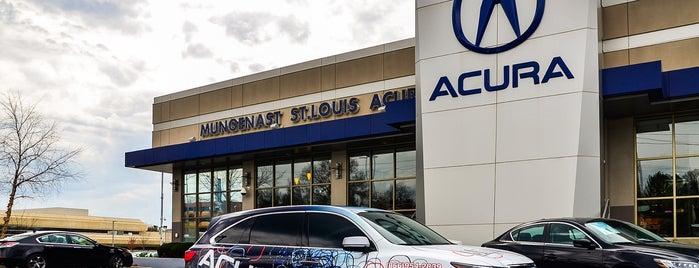 Mungenast St Louis Acura is one of Orte, die Amanda gefallen.
