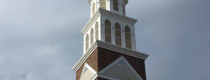 St. George's Church is one of Posti che sono piaciuti a Cat.