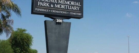 Phoenix Memorial Park & Mortuary is one of Locais curtidos por Kris.