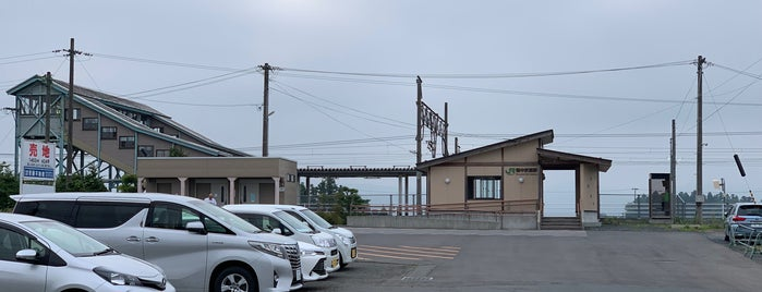 陸中折居駅 is one of JR 키타토호쿠지방역 (JR 北東北地方の駅).