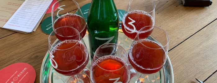 3 Fonteinen Lambik-o-Droom is one of Beer / Ratebeer's Top 100 Brewers [2019].